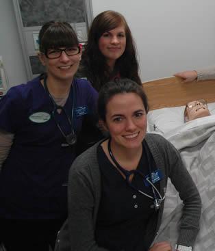 nurse-aides-in-training-exercise