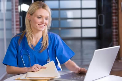 nursing-assistant-using-laptop