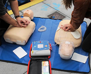 life-saving-equipment-training-99003