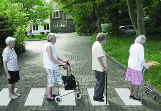 elderly-ladies-crossing-road-33