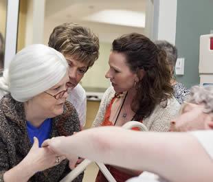 nurses-practice-patient-handling