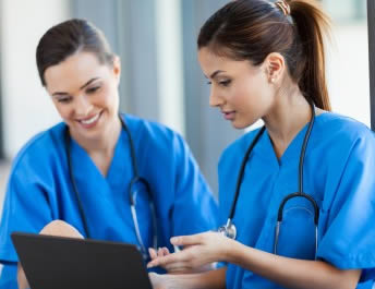 two-nurses-working-in-new-jersey