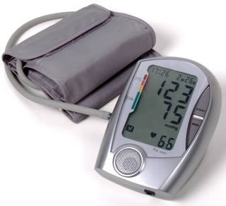 measure-blood-pressure-4499