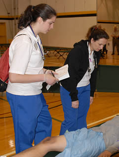 nurse-aides-practice-transporting-skills-48348342
