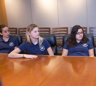 nursing-students-at-meeting