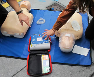 testing-cpr-training-equipment-55732