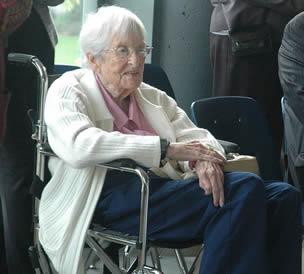 elderly-woman-in-wheelchair
