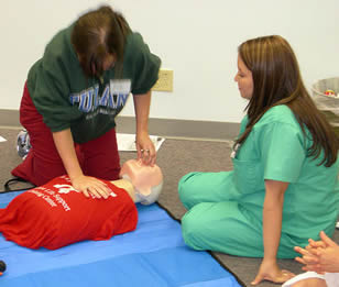 life-saving-procedure-training-7833