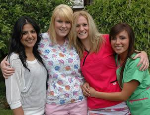 nurse-friends-outside