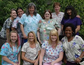 nursing-graduates-in-group