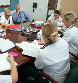 medical-associates-at-office-meeting