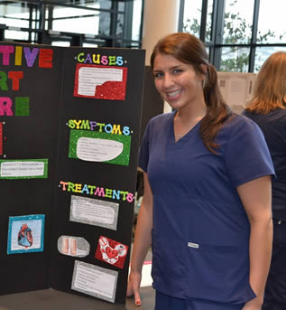 nurse-student-at-college-presentation