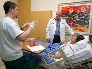 nurse-training-on-live-patient