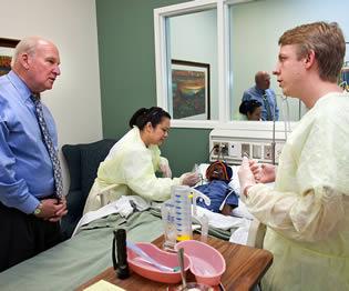 nurses-using-skills-at-hospital-simulator