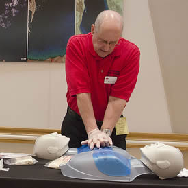 performing-cpr-in-class-99112