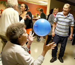 elderly-celebration-at-care-home-340322