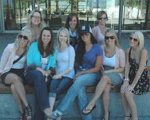 nursing-students-in-group-photo
