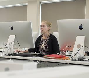instructor-working-on-mac