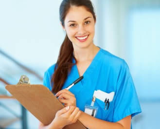 smiling-nurse-aide-in-texas