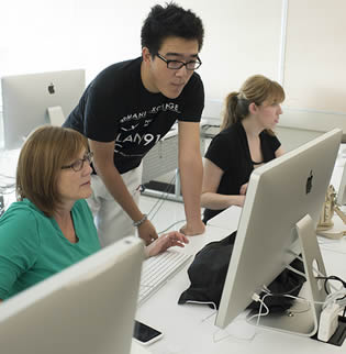 using mac computer in health care training