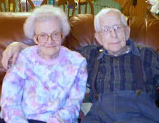 elderly-man-and-wife-24
