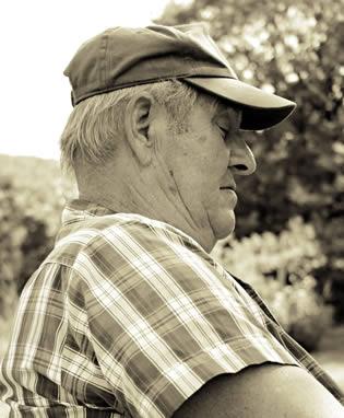 grandpa-taking-nap-2200