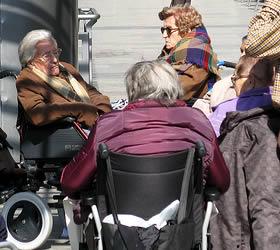 elderly-group-of-people-0022