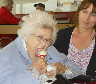 senior-citizen-with-ice-cream-7782