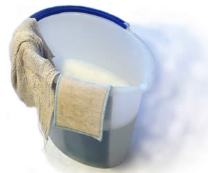 soapy-wash-bucket-for-bed-bath