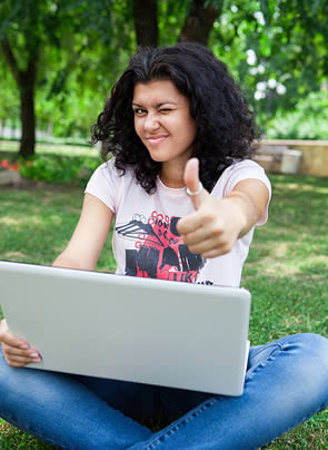 student-girl-with-laptop
