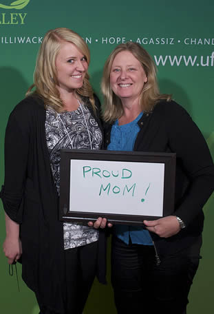 proud-mom-with-college-grad