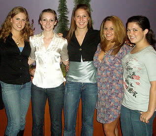 college-girls-in-group-picture