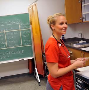 nurse-assistant-in-class