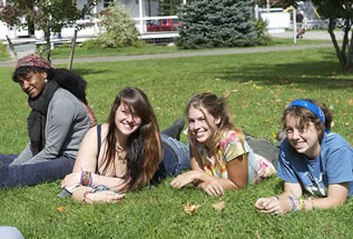college-students-on-grass