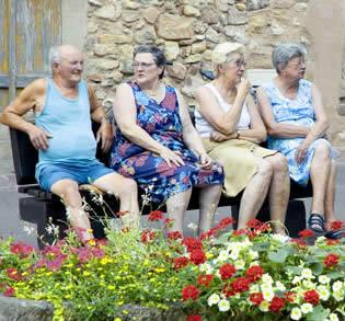 elderly-friends